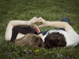 Любовь и сексуальные отношения.